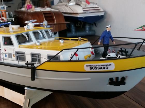 Robbe Busard Stromaufsichtsboot