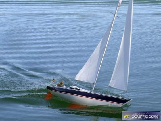 SMARAGD Groß-Segelboot