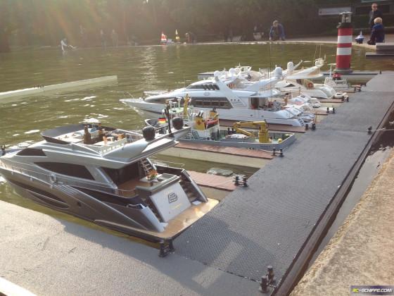 Yachtanleger im Modellbootteich  Stadtpark HH