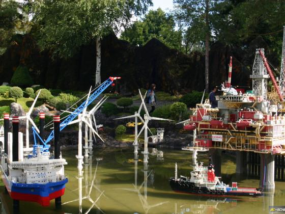 Modellschiffe aus LEGO. Beeindruckend in Größe und Bauqualität