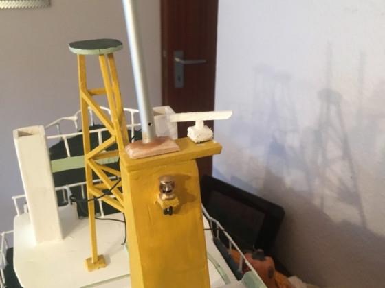 Topmast mit Vorbereitung für Beleuchtung und Radar aus eigenbau