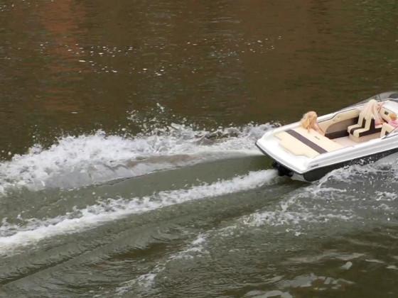 Sportboot mit Jetantrieb