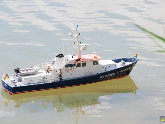 Robbe Polizeiboot