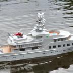 Modellyacht Skat 1