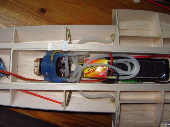 1/16 Hydroplane Notre Dame  -  Kühlsystem
