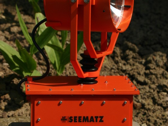 Modell eines SEEMATZ Suchscheinwerfers im Maßstab 1:4,3
